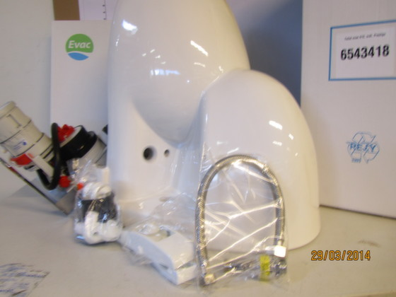 6543418-TOILET EVAC910, WALL, PRESTIGE SILENT WHITE