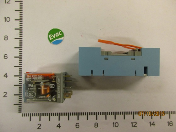 6542066-AUXILIARY RELAY BASE C7-A20 230A