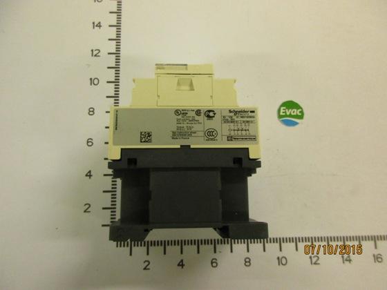 6543452-AUX. RELAY CAD32P7 3SU + 2AV 230V